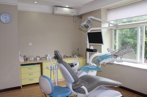 看牙这么贵,社保能报销吗?能通过保险解决吗?
